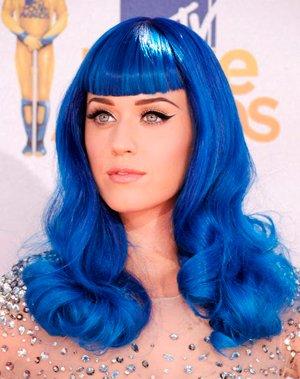 Katy-Perry-blue-wig-2010-mtv-movie-awards.jpg.jpe