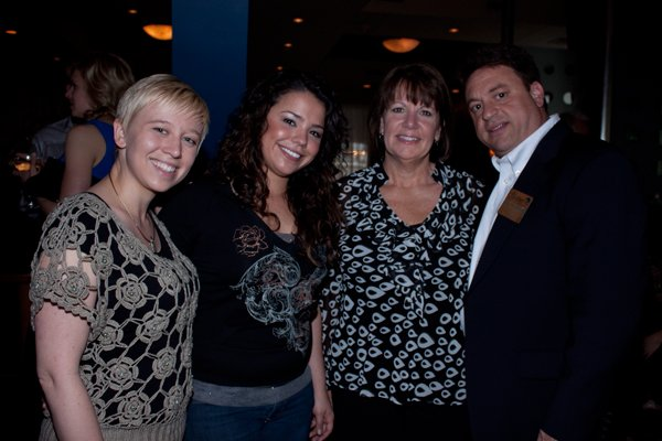8498-8-HappyHouratEdgeMeghan-McGrath-Victoria-Gonzalez-Lisa-Harkins-and-Joseph-Facchiano.jpg.jpe