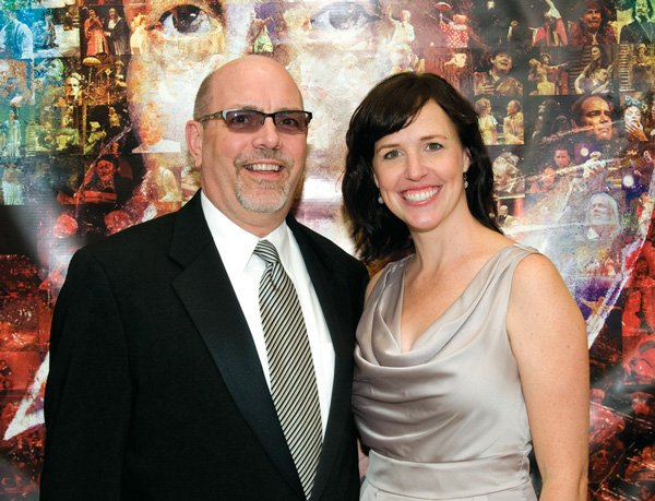 8571-Lloyd-Carbaugh-and-Erin-Hurley.jpg.jpe