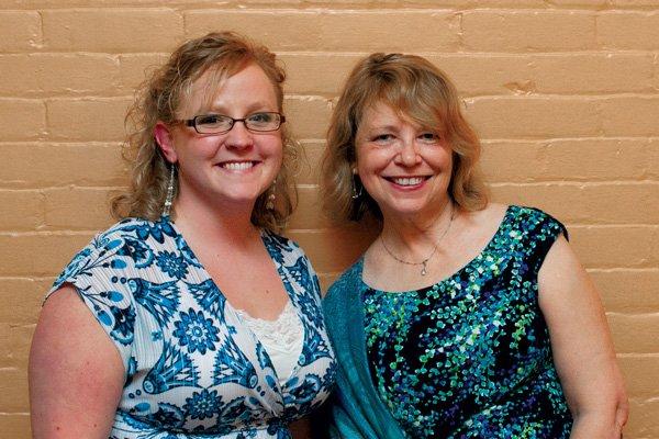8624-Kate-Kirchgessner-and-Terri-Freeman.jpg.jpe
