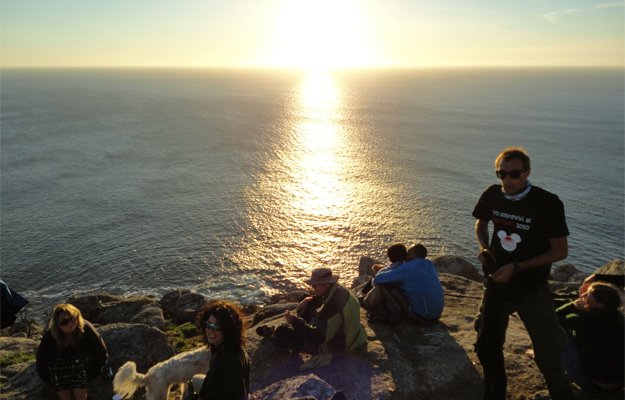 Goal-accomplished---Finisterre-end-of-Camino.jpg.jpe