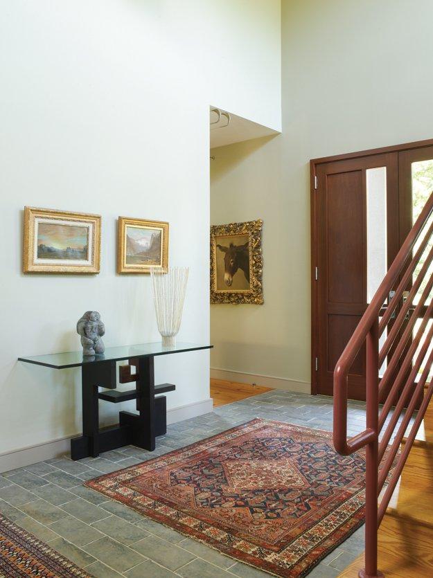 8820-HomeGrossAllentown02Foyer.jpg.jpe