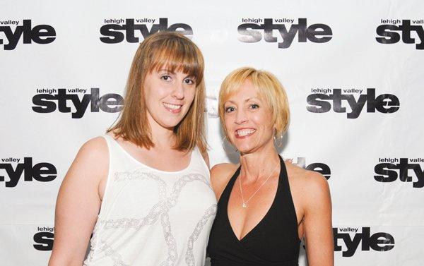 8907-Sara-Schepp-and-Jacqueline-Porterfield.jpg.jpe
