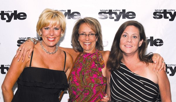 8888-Lisa-Williams-Sally-Ryan-and-Christine-Brown.jpg.jpe