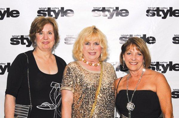 8899-Monica-Peuser-Bonnie-McIntyre-and-Susan-Kramer.jpg.jpe