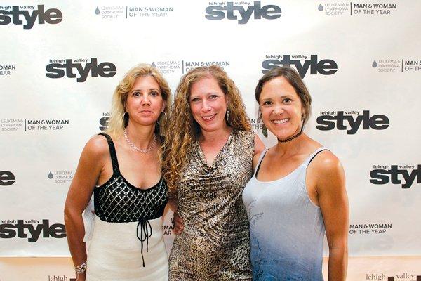 8928-Louise-Laurelli-Kathleen-Brown-and-Sarah-Ayers.jpg.jpe