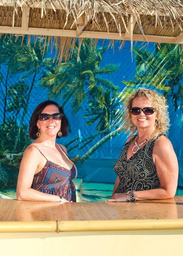 8943-Angel-Firmstone--and-Cindy-Wagner.jpg.jpe