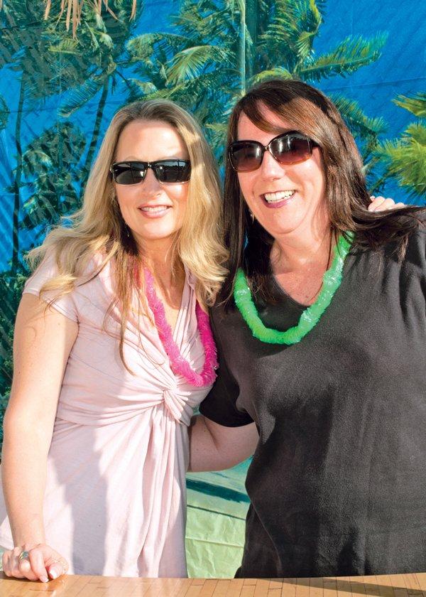 8946-Cindy-Bono-and-Carol-Summers.jpg.jpe