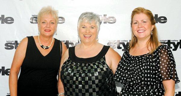 9162-Sue-Durdock-Debbie-Keretz-and-Lynn-Houghton.jpg.jpe