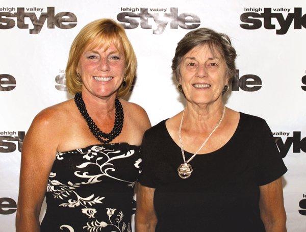 9174-Cindy-Schiffer-and-Barbara-Pryslak.jpg.jpe