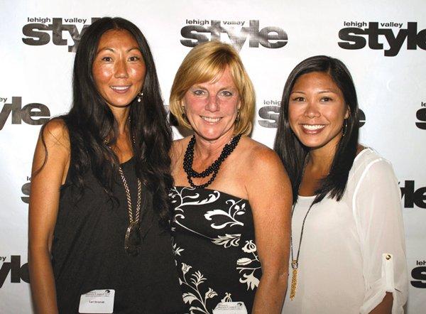 9172-Cari-Stromski-Cindy-Schiffer-and-Kirsten-Stinson.jpg.jpe
