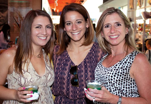 9219-Amanda-Harding-Lindsay-Gray-and-Jenny-Ryan.jpg.jpe