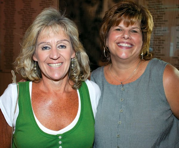 9241-Tracy-Golden-and-Sue-Paden.jpg.jpe