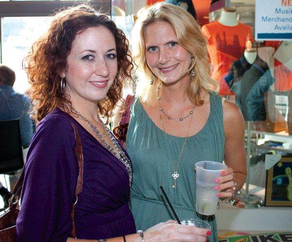 9225-Kate-Betts-Kellengren-and-Jen-Mann.jpg.jpe
