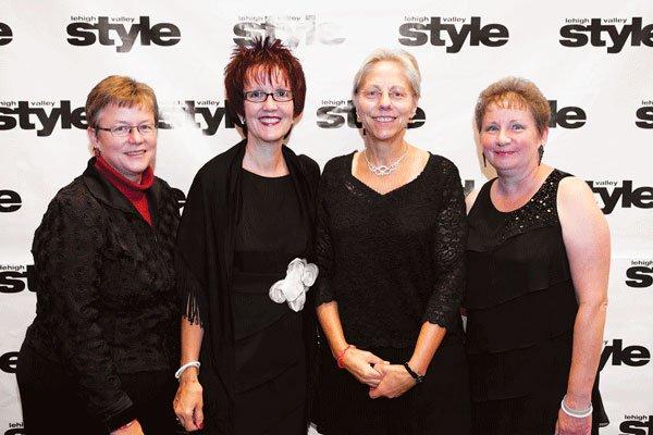 9723-Charlene-Bergstresser-Kathy-Robinson-Robin-Koch-and-Denise-Parker.jpg.jpe