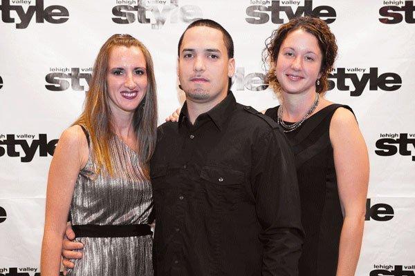 9741-Jenn-Brown-Manny-Cruz-and-Melissa-Teitsworth.jpg.jpe
