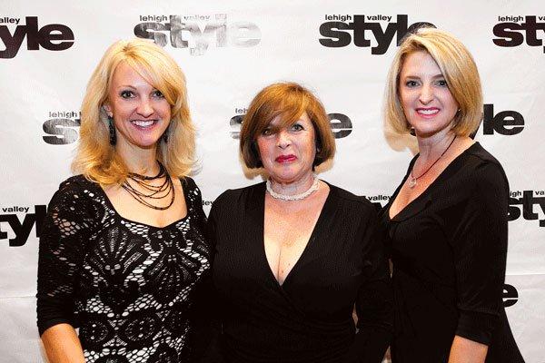 9770-Nancy-Smith-Anita-Jacobs-and-Seena-Boyle.jpg.jpe
