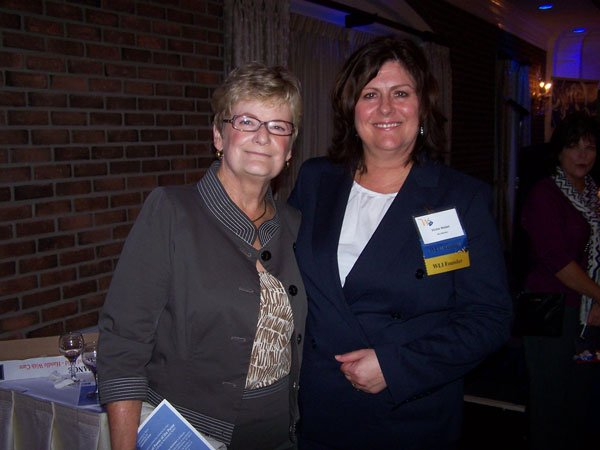 9859-Kathy-Leber-and-Vickie-Nisbet.jpg.jpe