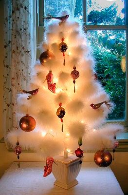 feather-tree---elizabethan-christmas.jpg.jpe
