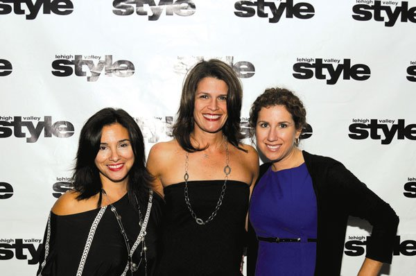 9992-Gina-Clements-Melissa-Bartman-and-Jacqueline-Drygas.jpg.jpe