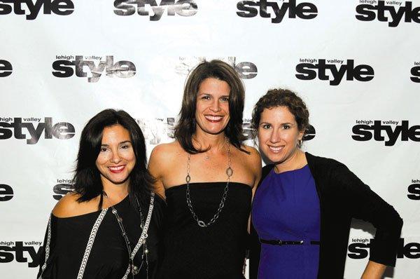 9992-Gina-Clements-Melissa-Bartman-and-Jacqueline-Drygas.jpg.jpe