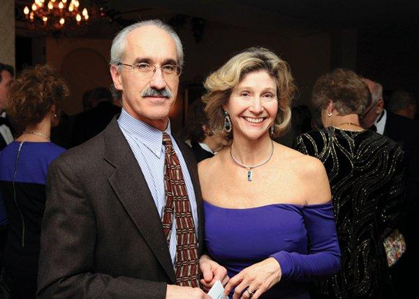 10929-Frank-Baker-and-Peggy-Baker.jpg.jpe