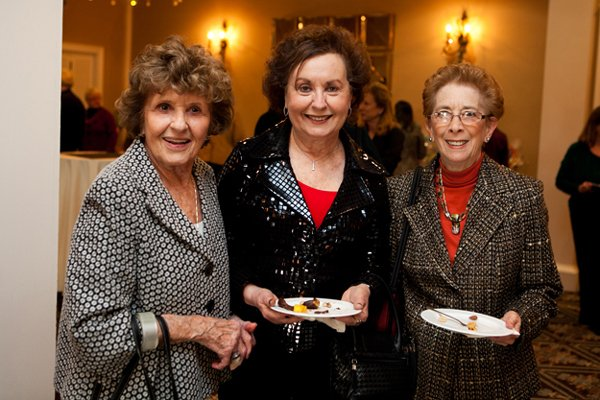 11025-Selma-Roth-Marcia-Cohen-and-Audrey-Cylinder.jpg.jpe