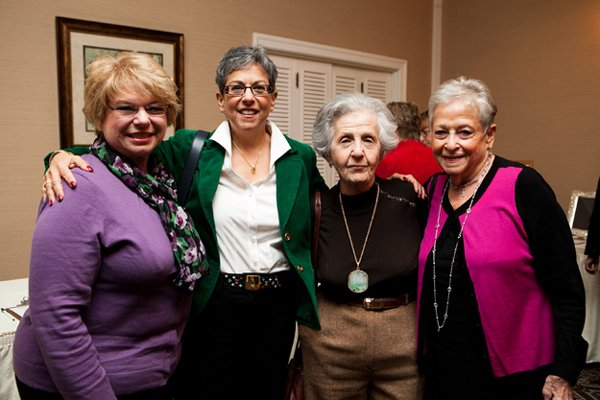 11007-Dorene-Darabaris-Karen-Ellsweig-Evelyn-Holtz-and-Carole-Rose.jpg.jpe