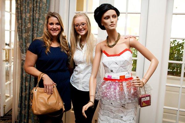 11005-Danielle-Conover-and-Erin-Sweeney.jpg.jpe