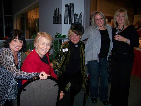 11073-Judy-Neumann-Dolly-Geschel-Sheryl-Hawk-Elysia-Sipos-and-Marie-Shaw.jpg.jpe