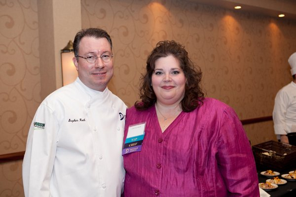 11099-Stephen-and-Lori-Roth.jpg.jpe