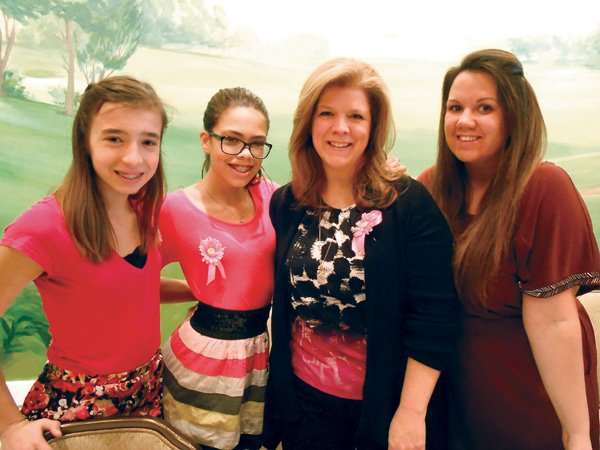 11385-Maddie-Hall-Carly-Ortiz-Kristine-Ortiz-and-Julie-Gudz.jpg.jpe