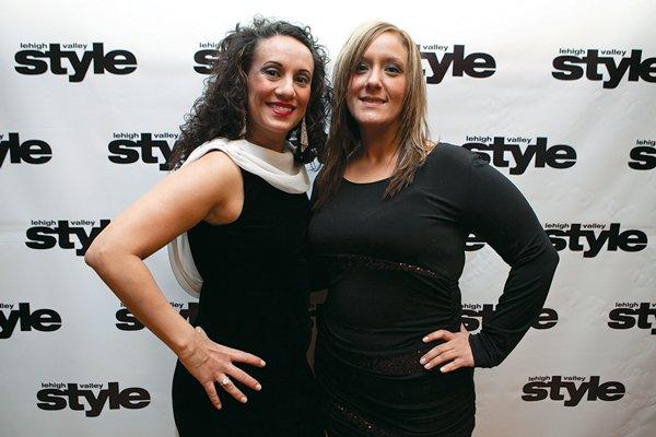 11824-webNilsa-Rosario-and-Jessica-DeCastro.jpg.jpe