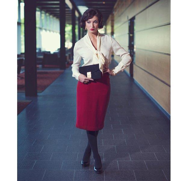 Image-8-LM-StyleBar-Marissa-Pencil-Skirt2.jpg.jpe