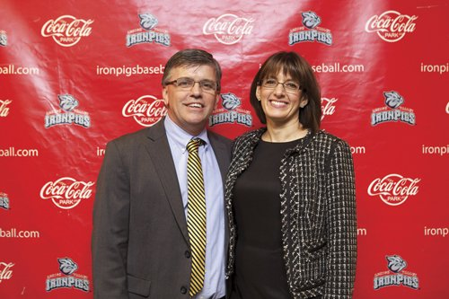 16431-PhilliesWinterBanquetJeffandDianeKelly.jpg.jpe