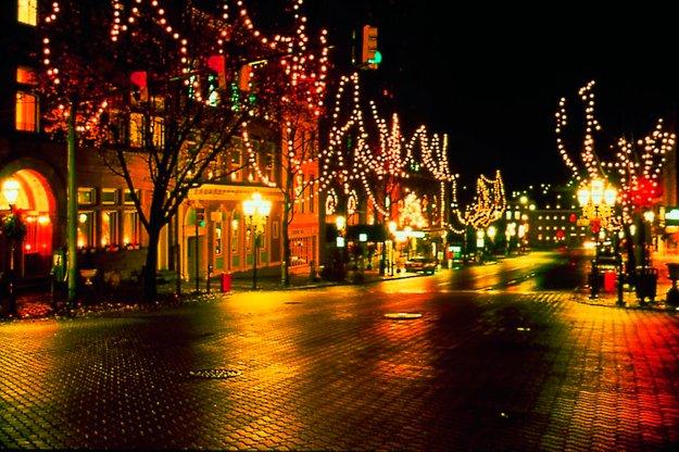 Bethlehem-Candlelight-Stroll.jpg.jpe