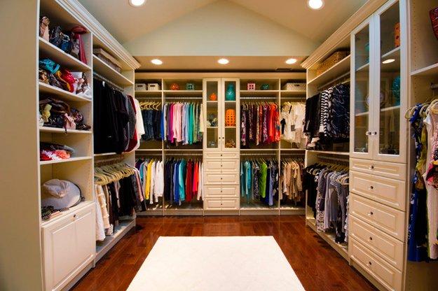 walk-in-closet.jpg.jpe