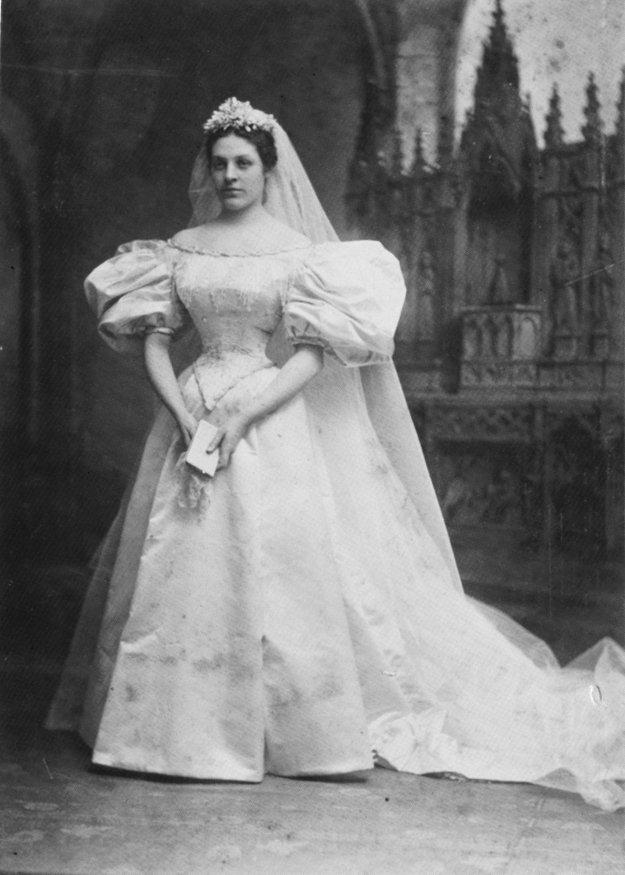 24064-Bride-1_1895.jpg.jpe