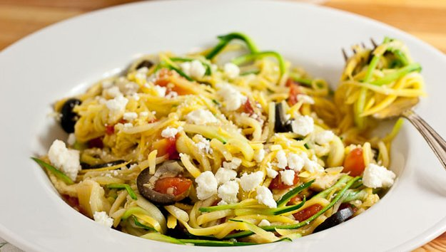 Greek-Zucchini-Noodles-Sustaining-the-Powers-1(1).jpg.jpe