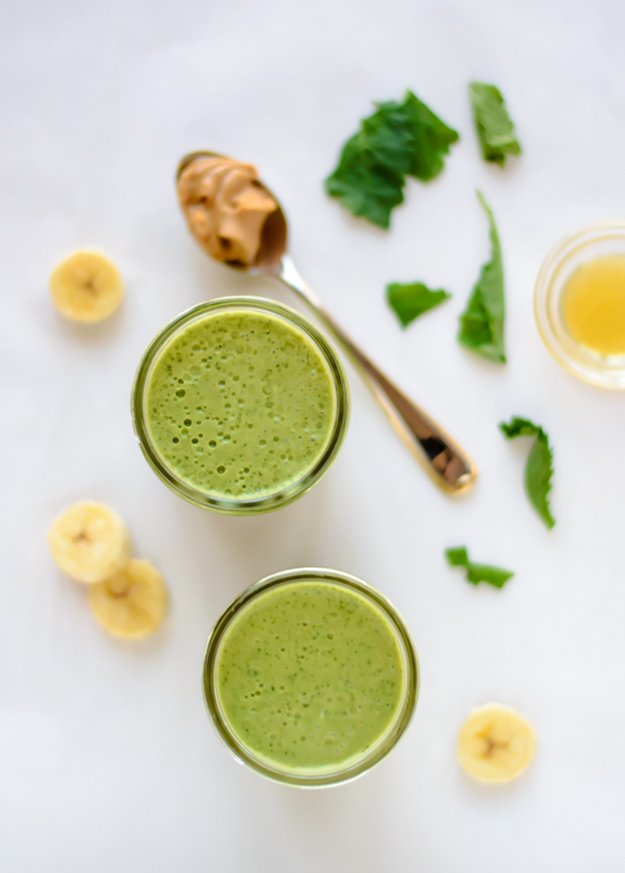 Kale-Pineapple-Smoothie.jpg.jpe