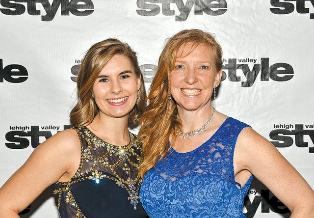 Makenzie Muhs and Gail Hunsberger.jpg