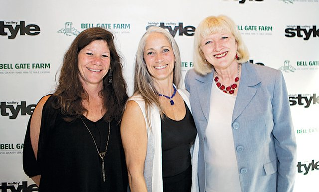 Mary Ann Turanchik, Liz Gordon and Jane Wells Schooley.jpg