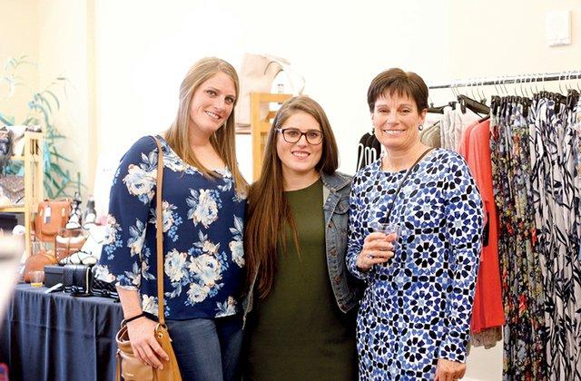 Leigh Schlener, Taylor Schlener and Beth Schlener.jpg