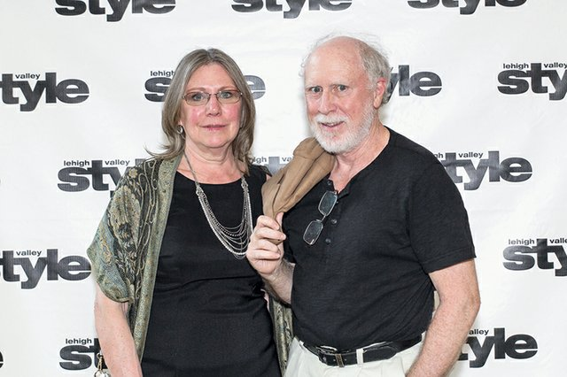 Pam Wallace and Ara Barlieb.jpg