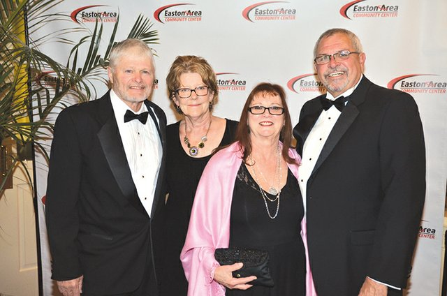 Gary and Gerri Barnitt, and Susie and Tony Consalvo.JPG