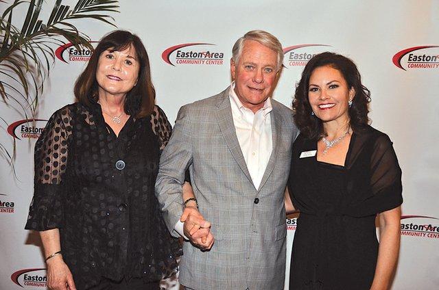 Linda and Phil Mitman, and Brooke Mitman.JPG