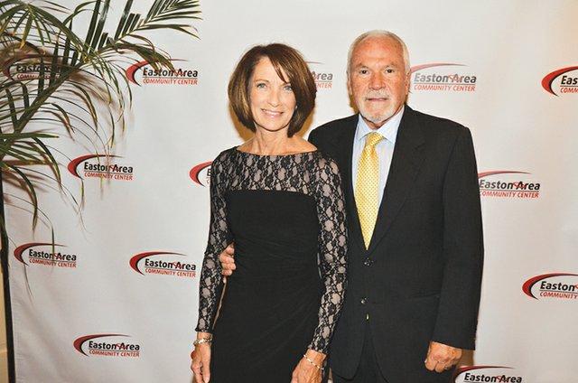Theresa and Craig Lampa.JPG