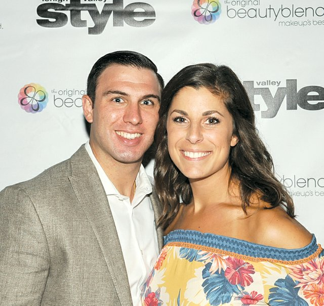 Troy and Julie Mueller.jpg