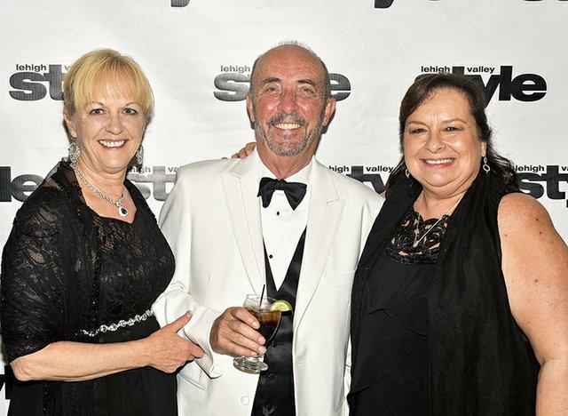 Linda and Sam Nittle, and Linora Gula.jpg