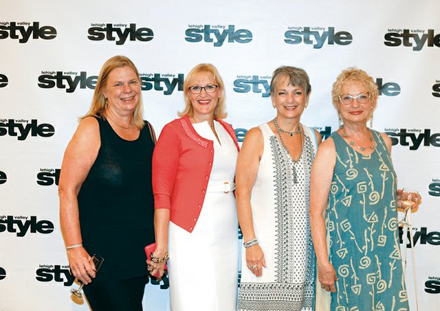 Mar Haeussler, Heidi Lennick, Nancy Skok and Helga Garrelts.jpg